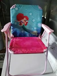 baby's pink and white floral highchair