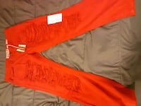 red jeans 593 km