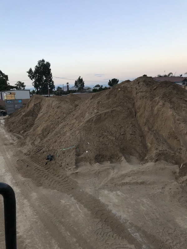 Used Clean fill dirt free free free for sale in Rialto - letgo