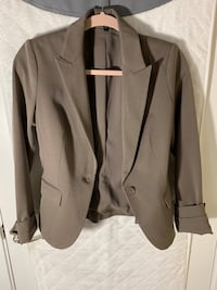 suit jacket. Women's size 4. Express Alexandria, 22310