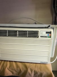 Friedrich 11800 air conditioner with remote 208 mi