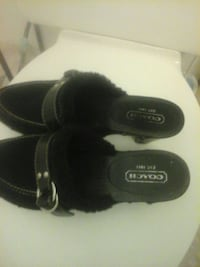 pair of black leather shoes 2286 mi
