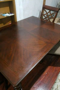 rectangular brown wooden table with chairs Miami, 33150