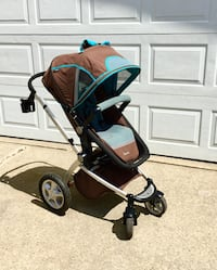 Chocolate Mint Stroller with Reversable Seat  Edmonton, T5T 2B3