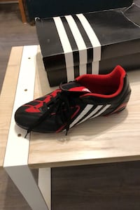 Adidas soccer cleats 8.5