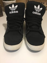 Men's/Boys Black High Top Adidas Oakville, L6H 4X4