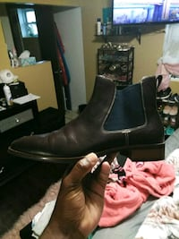 pair of black leather boots New Orleans, 70127