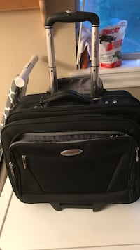 Rolling/carry briefcase carry on Lubbock, 79410