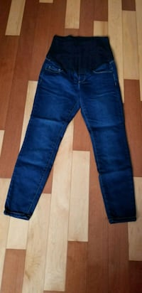 Maternity Jeans small 801 km