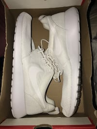 Men's Nike Roche Ones Ellensburg, 98926