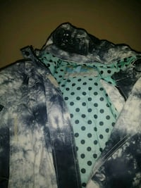 black and gray camouflage zip-up hoodie Montréal, H3M 1K7