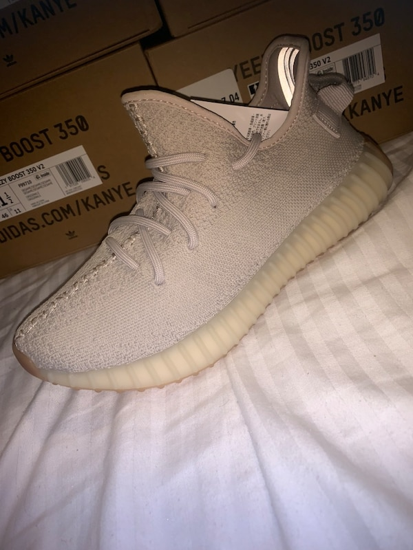 192a539293f30 Used adidas yeezy boost 350 Sesame for sale in Conley - letgo