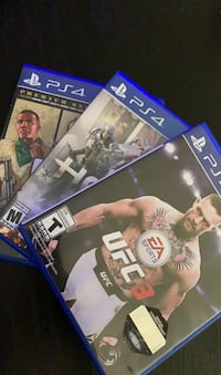 Game Bundle for PS4 New York