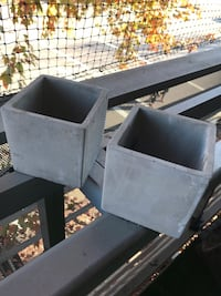 Pair of Concrete Square Planters Vancouver, V5V 4G1