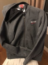 TOMMY HILFIGER HOODIE SIZE SMALL Kitchener, N2E 1T6