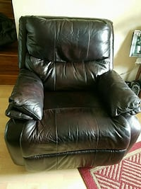 black leather recliner sofa chair Sterling, 20164