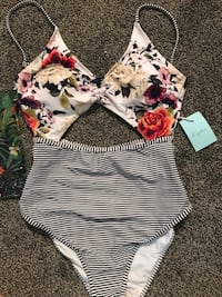 Size small cupshe bathing suit  Langley, V1M 3Z1