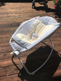Baby's white and gray rocker Concord