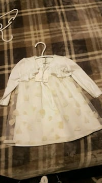 BRAND NEW IVORY OUTFIT 6-9 MONTHS Brampton