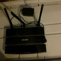 TP Link N750 750 Mbps dualband wifi router Alexandria, 22312