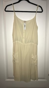 Aritzia Dress brand new size Large Vaughan, L4K 5W4