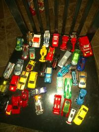 40 different cars.. mostly hot wheels Portland, 97233