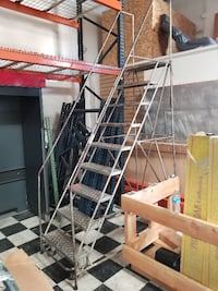9 STEP ROLLING COMMERCIAL LADDER FOR STOCKING 2259 mi