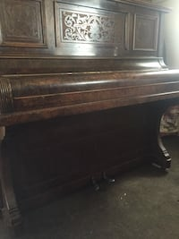 Monington & Weston Piano