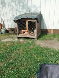 brown wooden pet cage Houston, 77081