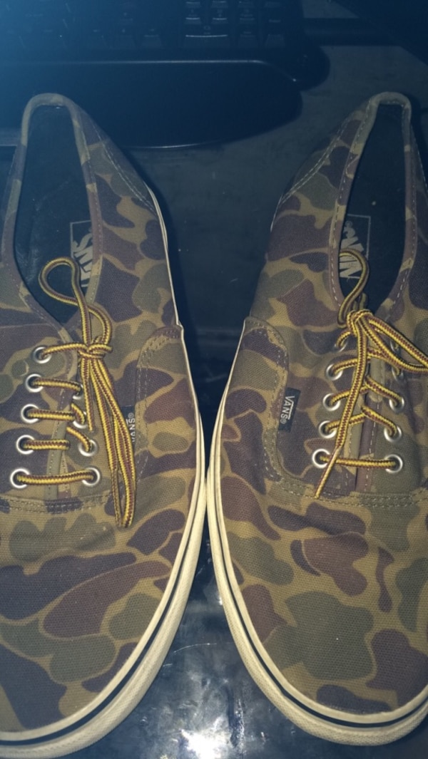78b1a24704a Used pair of brown-green-and-black Vans camouflage low-tops sneakers for  sale in Edmonton - letgo