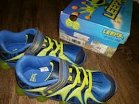 StrideRite - Boys Shoes Size 2W - New Fairfax, 22033