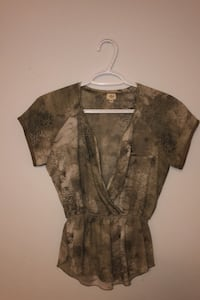 Wilfred Top SIZE XS Toronto, M9A 3J9