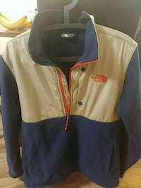 north face fleece jacket  Surrey, V3R 0W8