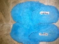 Blue slippers size medium 7 - 8 Ames, 50014
