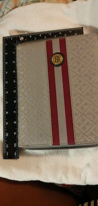Tommy Hilfiger IPad Zipper Case
