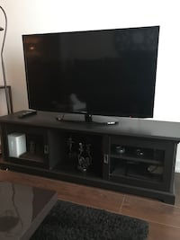 Tv table Richmond Hill, L4C 7P4