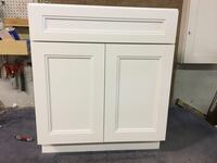 Glacier White Kitchen Cabinets- 10 cabinets Solid Wood/ Soft Close Feasterville Trevose, 19053