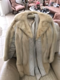 White leather and mink woman's jacket