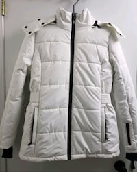 new medium ski jacket. Toronto, M2N 7C3