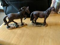 two brown horse figurines Altoona, 16602