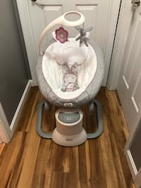 Graco Every-way soother swing New Bedford, 02745