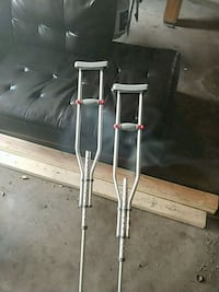 Stainless steel crutches one week use Toledo, 43615
