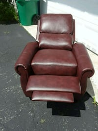 brown leather recliner sofa chair Miami, 33157