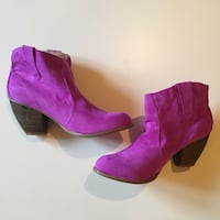 NEW. SIZE: 10. Women's purple heeled boots Winchester, 22602