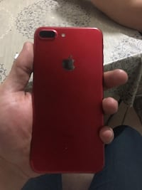 I Phone 7 plus Red 128 gb