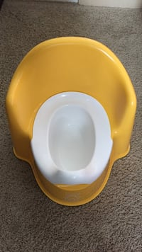 baby's yellow and white potty trainer Langley, V2Y 3C3