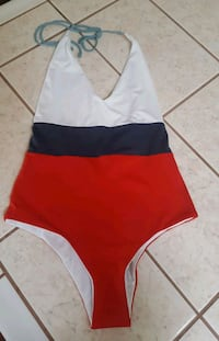 Tavik swimsuit size Small Santa Ana, 92704