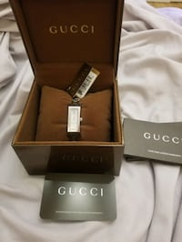Gucci Mother of Pearl women's watch. Authentic OBO Brooklyn, 11209