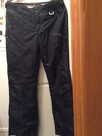 Womens Snowpants  Size M - New  w/adjustable waist.