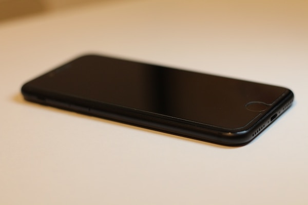 Iphone negro 7 128 gb impecable